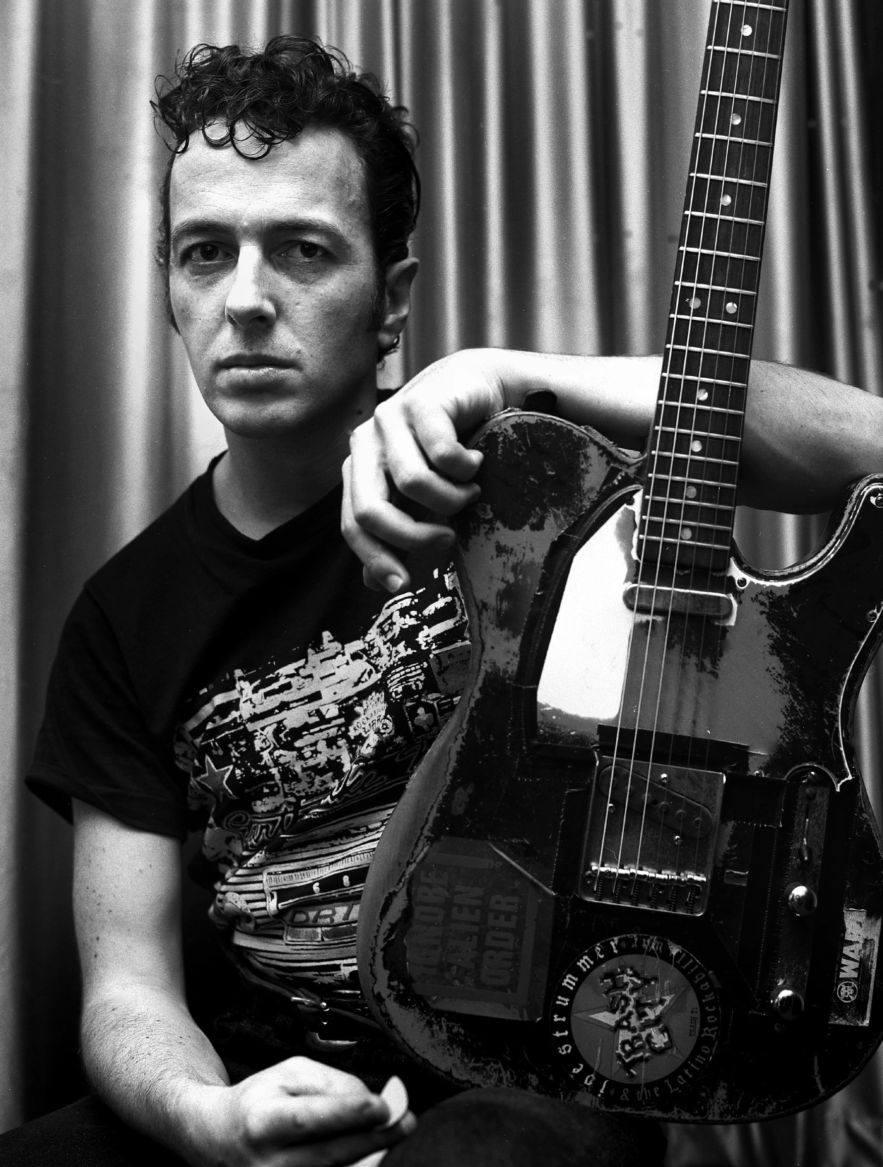 Joe Strummer-2-Shreddermag